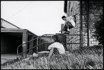 画像2: DEAR SKATING [ディアースケーティング] OHIO COLLECTION ROB DYRDEK SMOKING GIRL PHOTO TEE Tシャツ ディアー オハイオ ロブデューディック フォトT Dave Swift  (2)